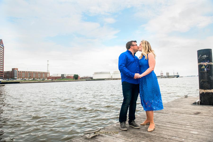 couple kissing on Baltimore's Inner Harbor