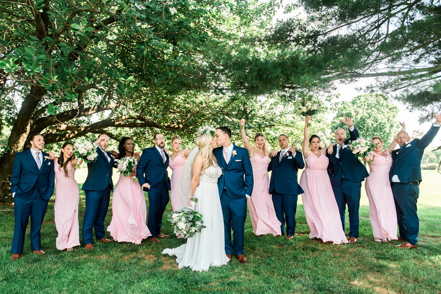 Manor Country Club rockville md bridal party picture cheering up