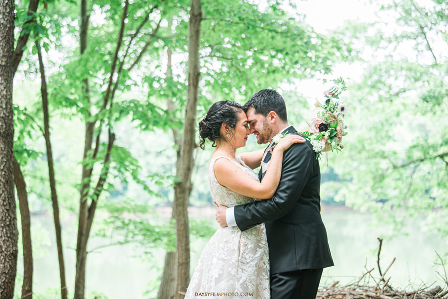The woodland at algonkian sterling va wedding