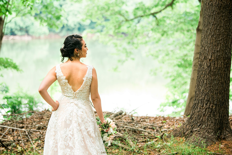 The Woodlands at Algonkian Wedding bride picture river