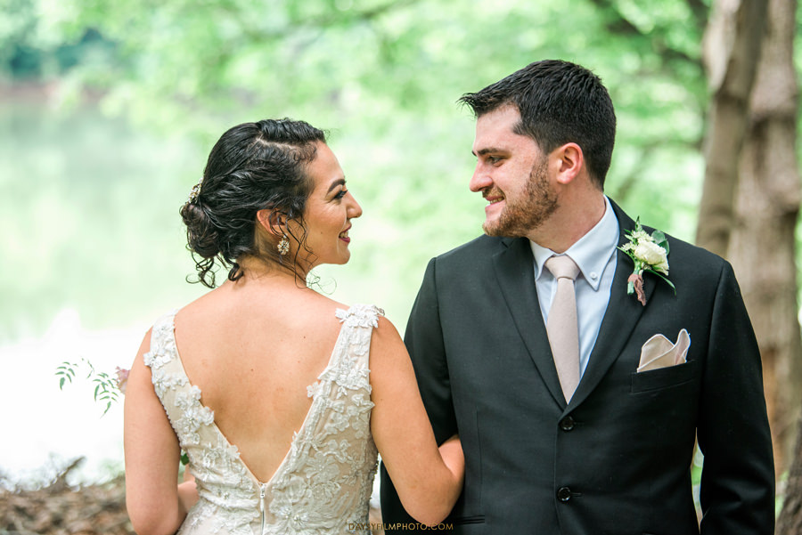 The Woodlands at Algonkian Wedding bride and groom photo