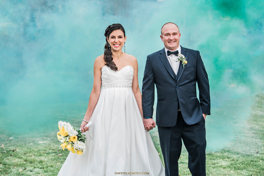 Southpointe Golf Club wedding couple smoke bomb