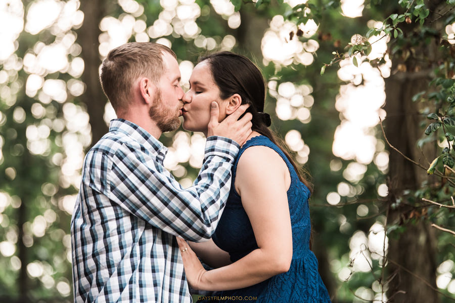 Gambrill State Park Engagement couple kissing Photos